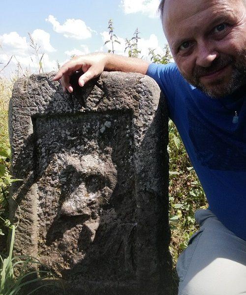 Schweigende Zeitzeugen unserer Geschichte - Von historischen Grenzsteinen im Dirminger Wald