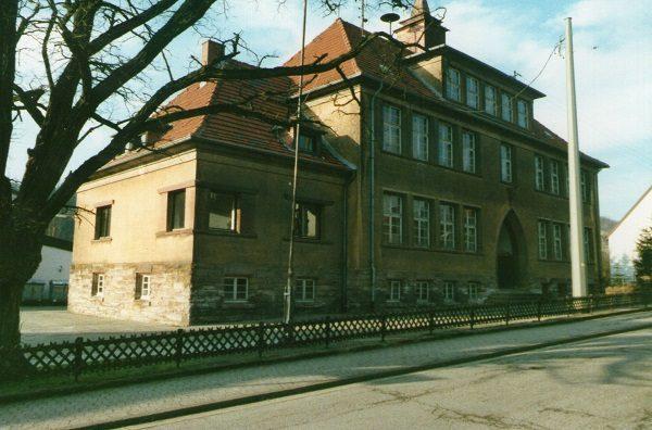 """Vom Schulhaus zum Parkplatz - Meine Erinnerungen an die """"Alt Schuul"""""""